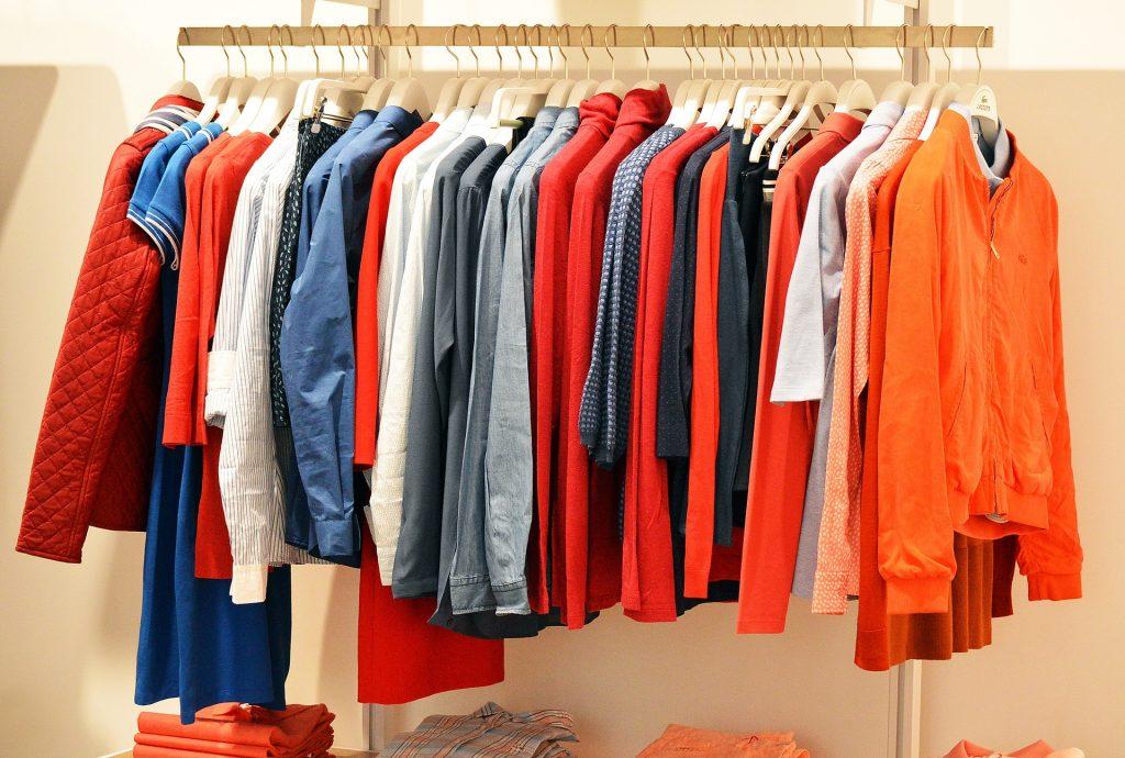 0d52eda83ff747 Aonde consigo comprar roupas no atacado online ?