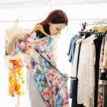 Como revender roupas com ótimos lucros